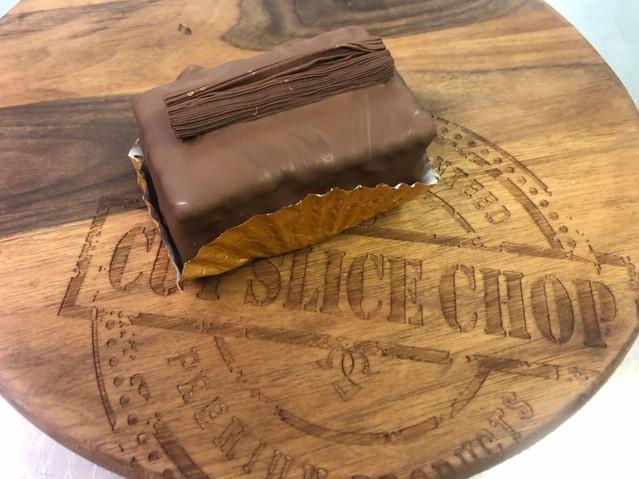Bobbie's Bakes - Chocolate Flake Cake - x 1