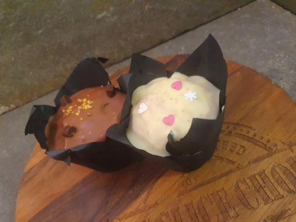 Bobbie's White Chocolate & Raspberry Muffin