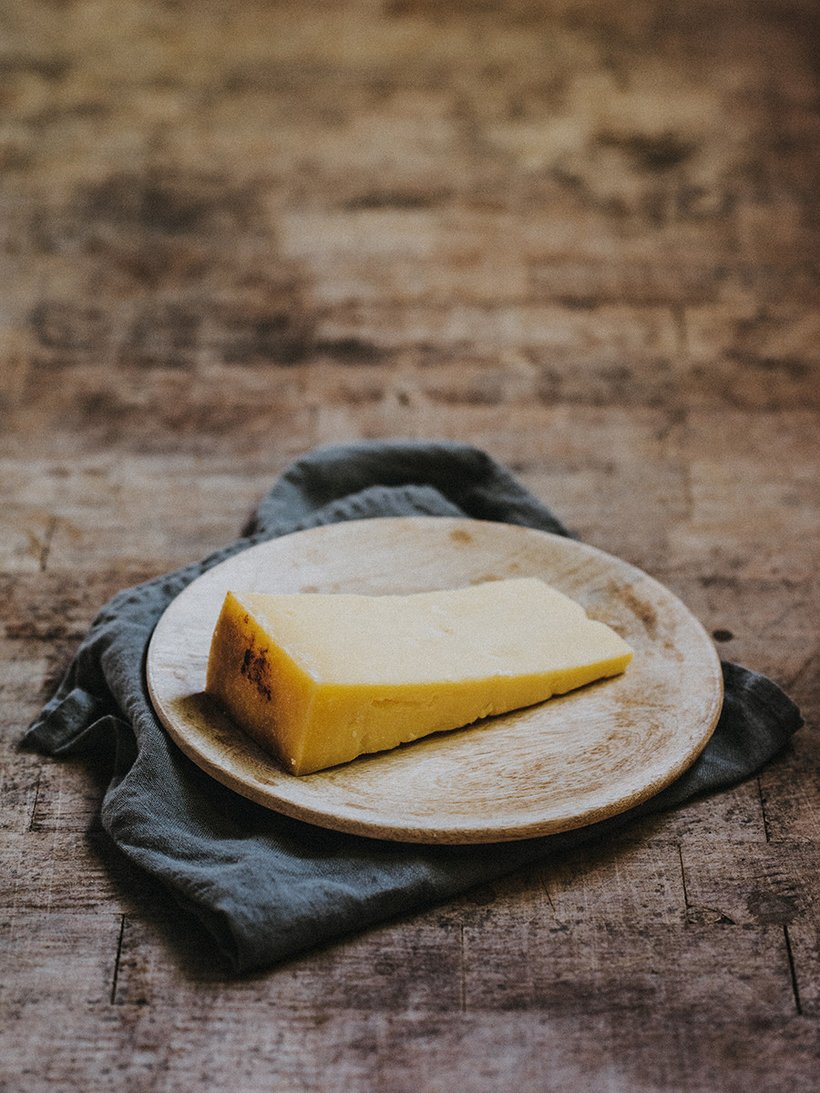 Quicke's Mature Clothbound Cheddar - 150g