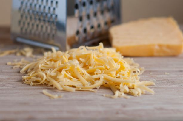 1kg Grated Mature Cheddar Cheese