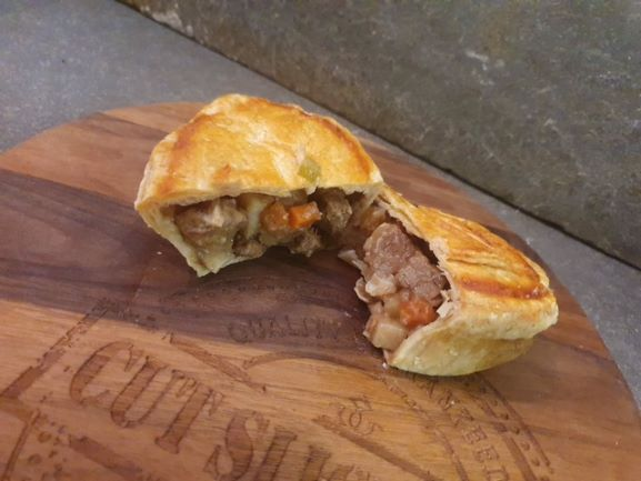 Bobbie's Brisket Beef & Vegetable Pie