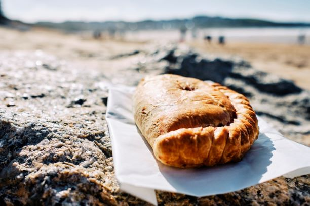 Devon Flaky Pasty - medium