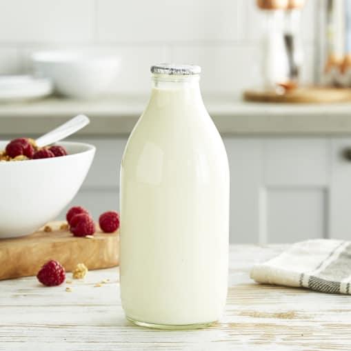 Glass Bottled Organic Semi Skimmed Milk - 1 Pint